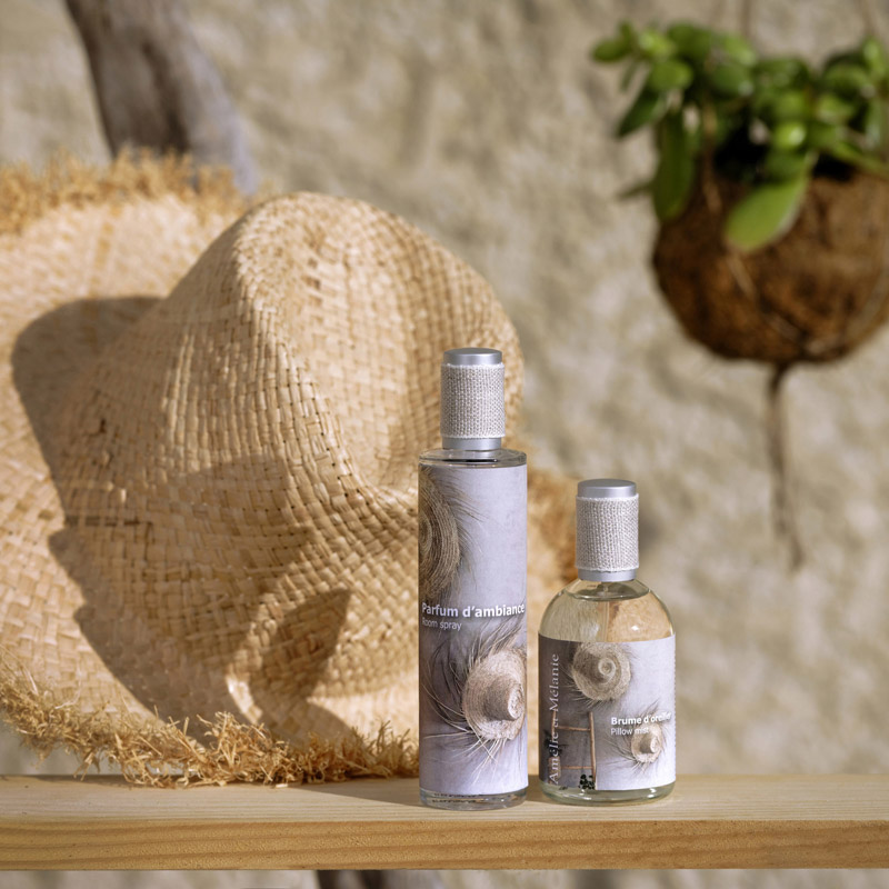 Sudnly-mag-vitrine-decoration-spécial-été-Lothantique-parfums-interieurs-Provence