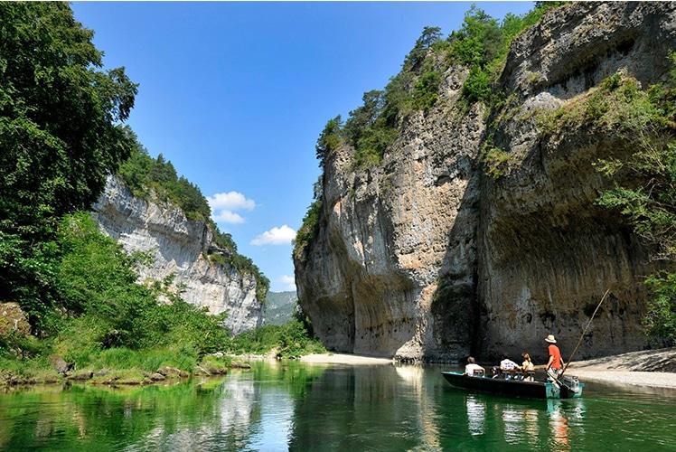 Sudnly-mag-Les gorges du Tarn-Cévennes, sur le chemin d'Atelier Tuffery