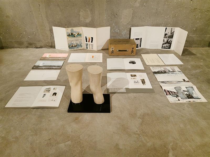 Sudnly-mag-Surréalisme-Claes Oldenburg London Knees