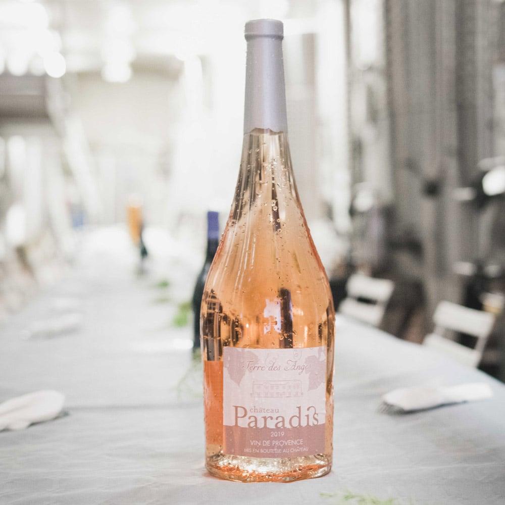 sudnly-Les-raisins-du-plaisir-bouteille-rosé-Chateau-Paradis-