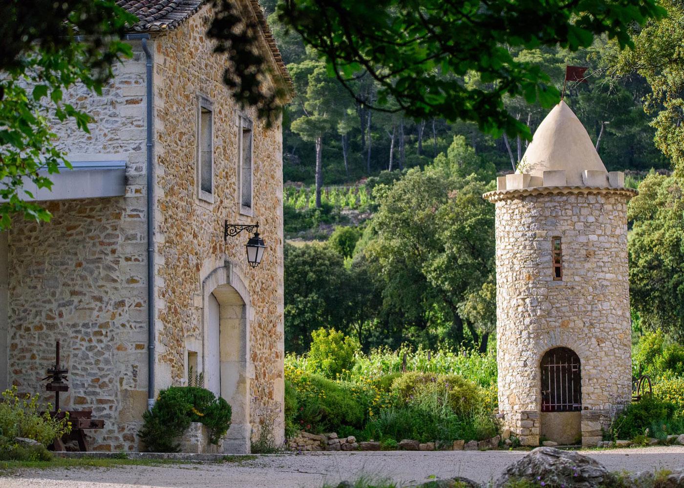 sudnly-chateau-la-roque-fontanes-chateau-pierres